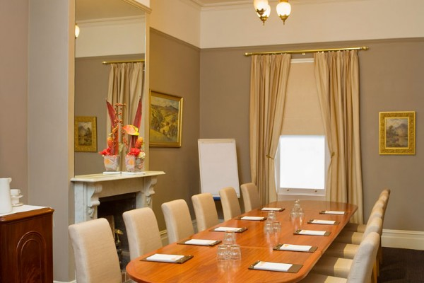 Private Dining Room Meeting